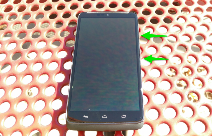 Droid Turbo front with arrows
